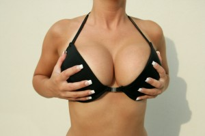 Picture of woman's breasts in Bra