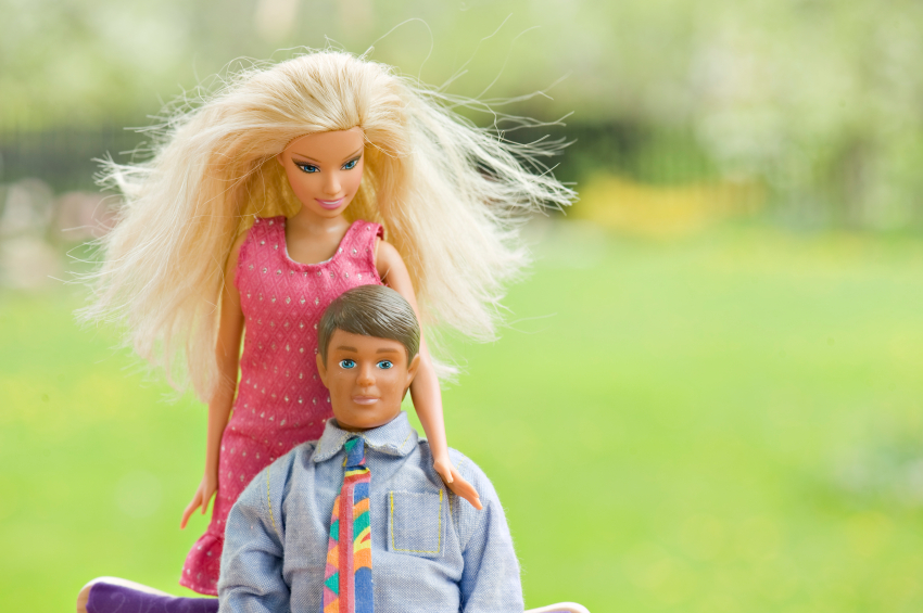 Real Life Barbie and Ken Meet and Hate Each Other!