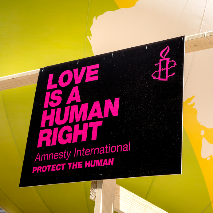 Amnesty international sign