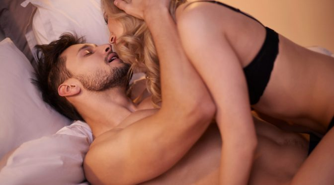 The Ultimate Guide To Five Lazy Sex Positions!