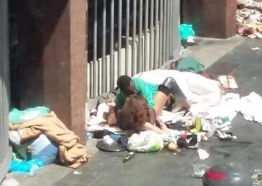 Couple Pictured Having Sex on a Rubbish Dump
